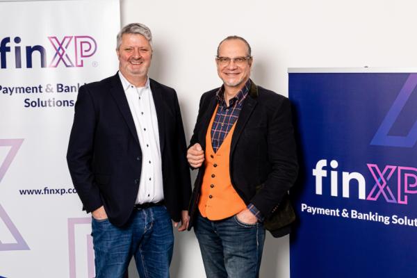 fintech-finxp-payment-banking-rebranding-growth-gurus